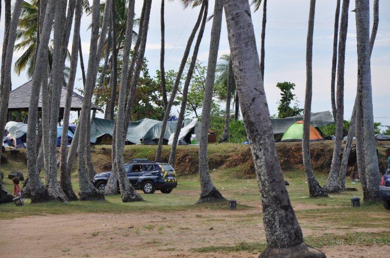 À la pointe Buzaré, coin isolé de Cayenne, environ 80 migrants, dont des familles syriennes, ont installé un campement de fortune. Crédit : Dana Alboz/InfoMigrants