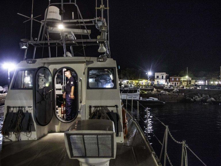Des migrants secourus par des garde-côtes grecs en juillet 2018. Crédit : Picture alliance