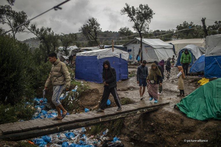 الرئيس الألماني: وضع اللاجئين في اليونان مأساوي