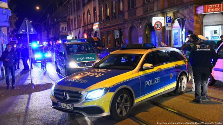 Police raid in Mannheim | Photo: Picture-alliance/dpa/Bildfunk/PR-Video/R.Priebe