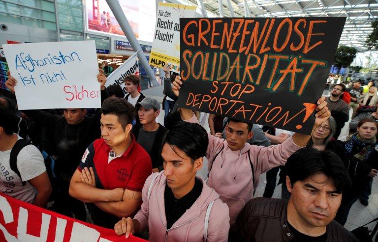 Manifestation contre les expulsions d'Afghans, en Allemagne le 12 septembre 2017. Crédit : Reuters