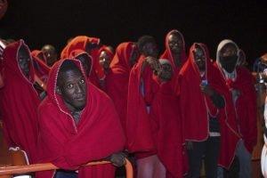 مهاجرون أفارقة على شواطئ إسبانيا / الصورة أنسا