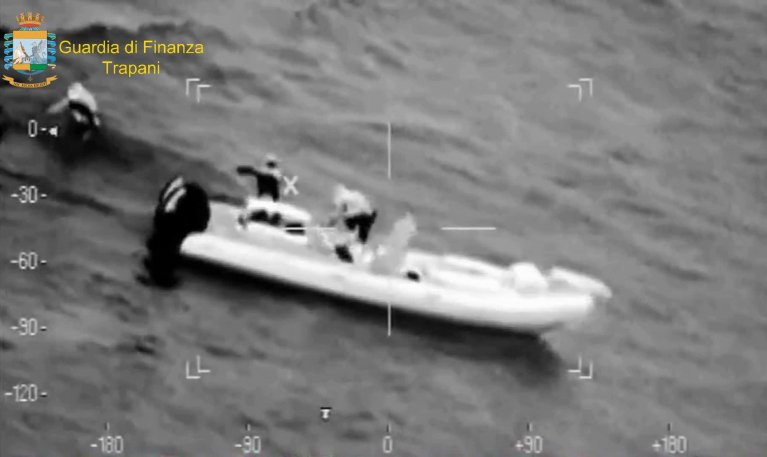A scene from a video released by the Financial Police as part of Operation Sea Ghost, which dismantled an Italian-Tunisian organization involved in migrant trafficking and cigarette smuggling | Photo: ANSA/ UFFICIO STAMPA GDF