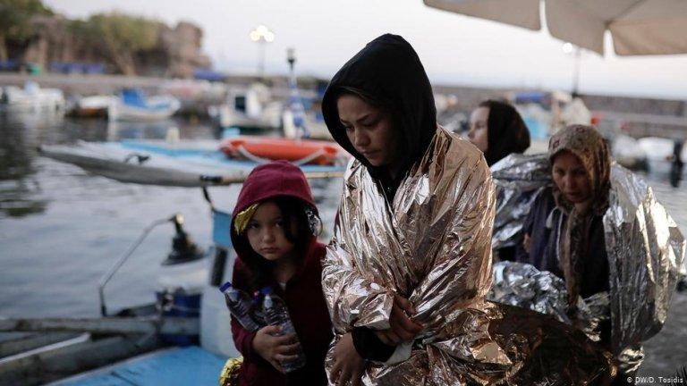 Des migrants à leur arrivée sur l'île grecque de Lesbos. Crédit : DW/D.Tosidis