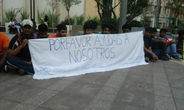 مهاجرون يتظاهرون في سبتة/ خاص