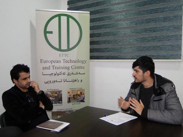 اجراءات التسجيل والإستشارة. حقوق الصورة: ETTC