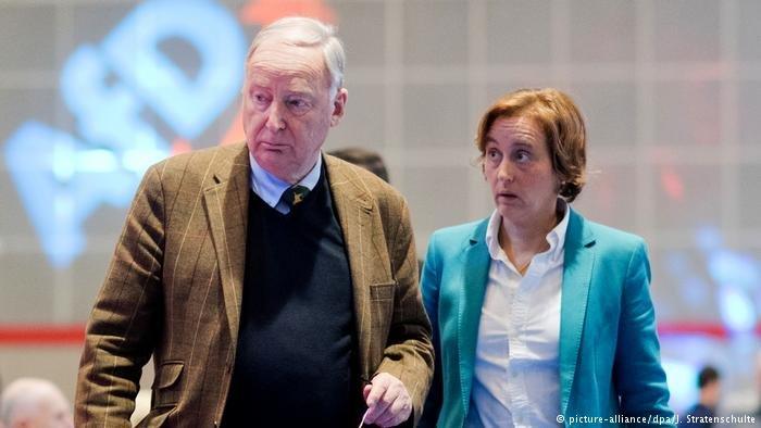picture-alliance/dpa/J. Stratenschulte |بياتريكس فون شتورش مع رئيس حزب البديل ألكسندر غاولاند (أرشيف)