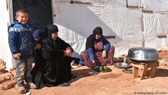 InfoMigrants/K. Zein-Eddin  لاجئون سوريون في لبنان