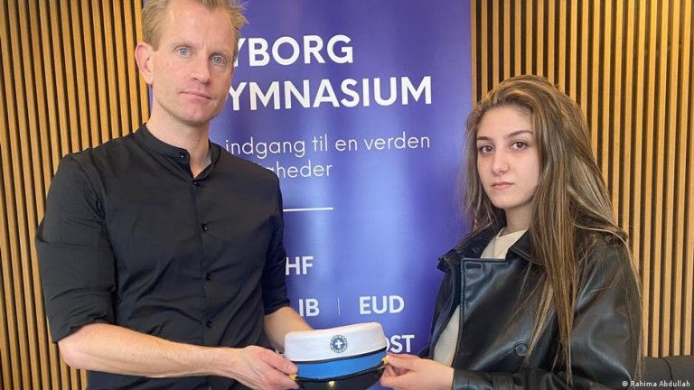 The Danish government wants to send refugee Aya Abo Daher, seen here with her high school principal, back to Syria | Photo: Rahima Abdullah
