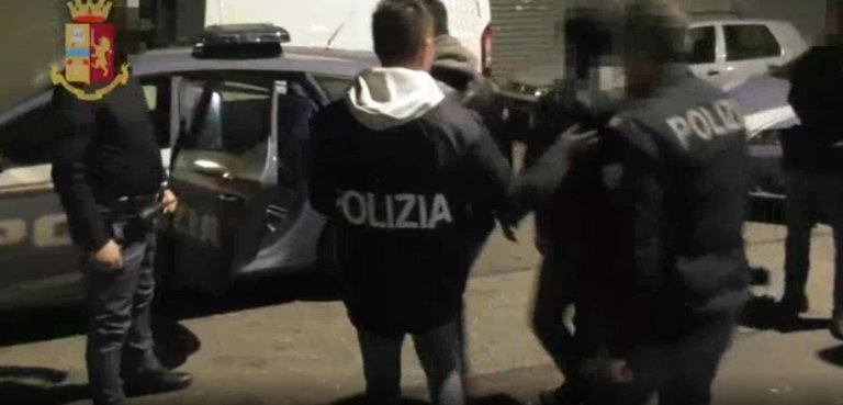 A still frame from an Italian police video showing an operation to break up a criminal network that facilitated illegal immigration from Ghana to Italy | Photo: ANSA/Police press office