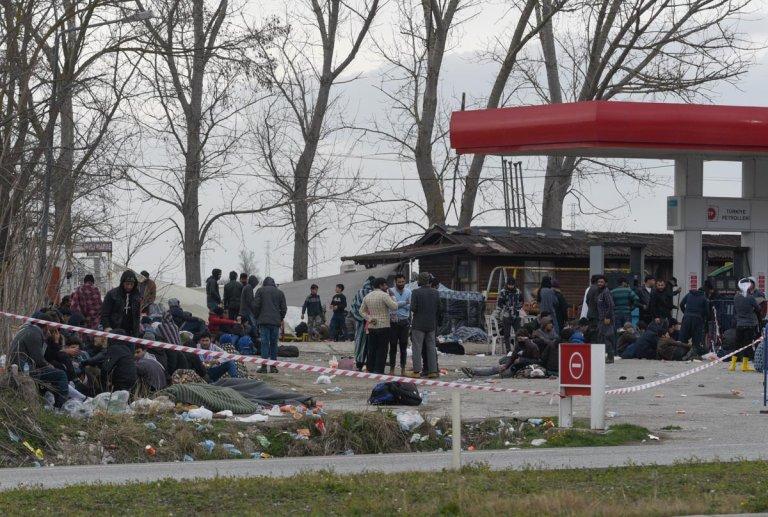مهاجرون في أدرنة التركية قرب الحدود مع اليونان. الصورة: مهدي شبيل/مهاجرنيوز