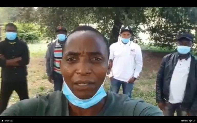 En Italie, Aboubakar Soumahoro, écrivain ivoirien et syndicaliste chevronné, veut bousculer le système qui ''invisibilise'' les précaires. Crédit : capture d'écran Twitter / Aboubakar Soumahoro @aboubakar_soum