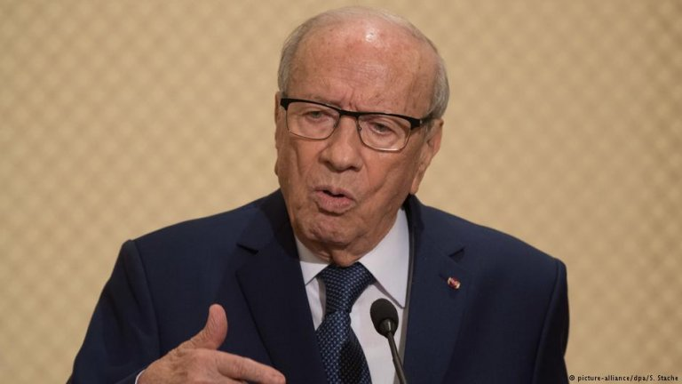 The Tunisian President says no to hosting migrant screening centers