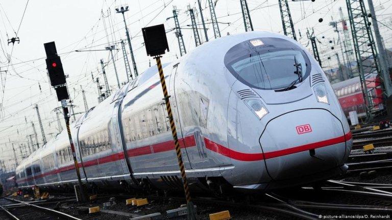 Un train à grande vitesse ICE en gare de Francfort | Photo: Picture-alliance