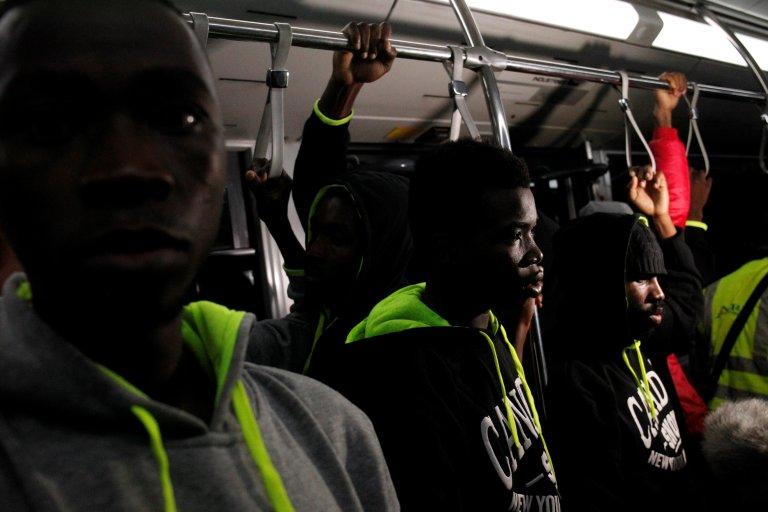 REUTERS/Luc Gnago |Une centaine de migrants ivoiriens ont été rapatriés de Libye, le 20 novembre 2017.