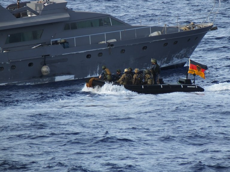 Operation Irini ships are to be deployed off the eastern coast of Libya, where most weapons from Turkey arrive. File photo from 2 May, 2017 | Photo: picture-alliance/German Ministry of Defense