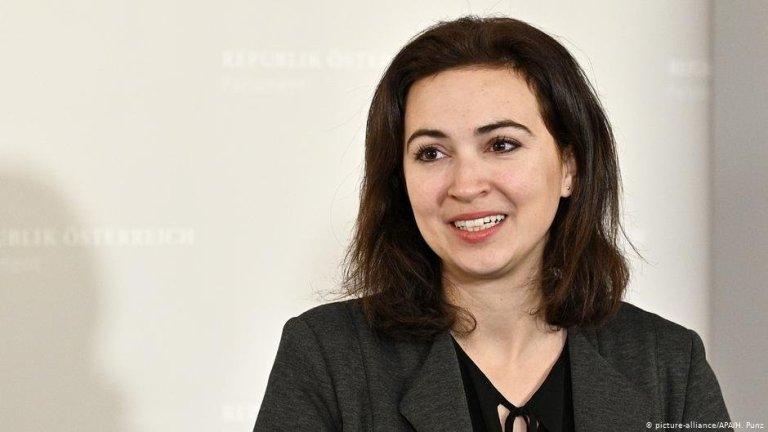 La nouvelle ministre de la Justice Alma Zadic   Photo: picture-alliance /APA/H.Punz