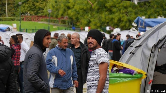 بلژیک یک گذرگاه مهم برای مهاجرانی به شمار میرود که میخواهند از طریق کانال مانش به انگلستان بروند.