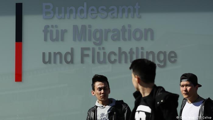 انخفاض واضح في طلبات اللجوء المقدمة في ألمانيا خلال الأشهر الأربعة الأولى من هذا العام