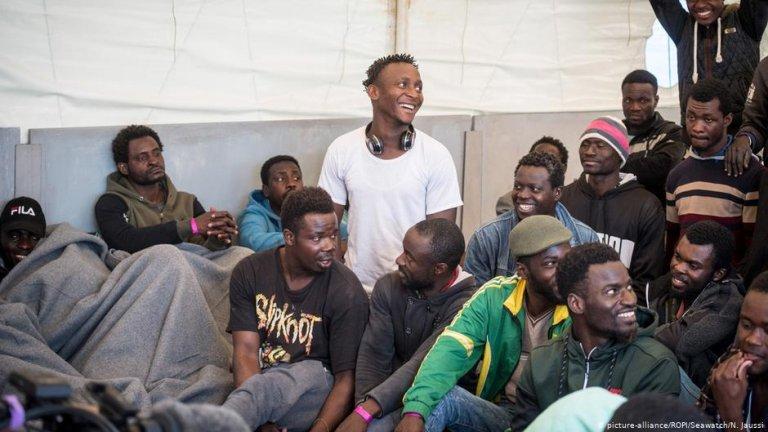 ایتالیا یکی از کشورهای مهم ترانزیت پناهجویان به شمار میرود