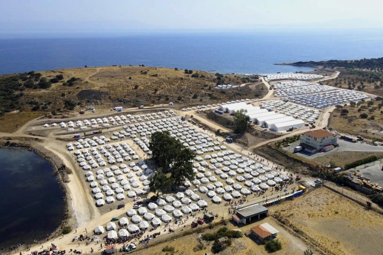The 'Kara Tepe' camp on the island of Lesbos, Greece | Photo: EPA/Vangelis Papantonis
