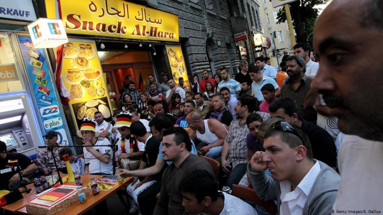 Arabs in Berlin | Photo: Getty Images/S. Gallup
