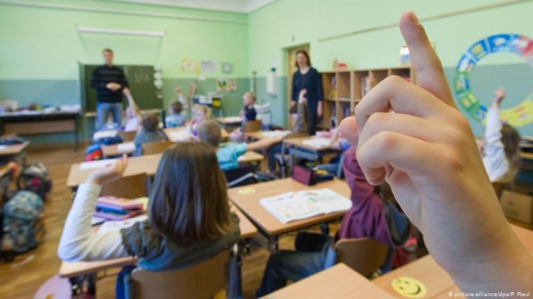 About one in 25 school-age children in Germany was born outside Europe | picture alliance