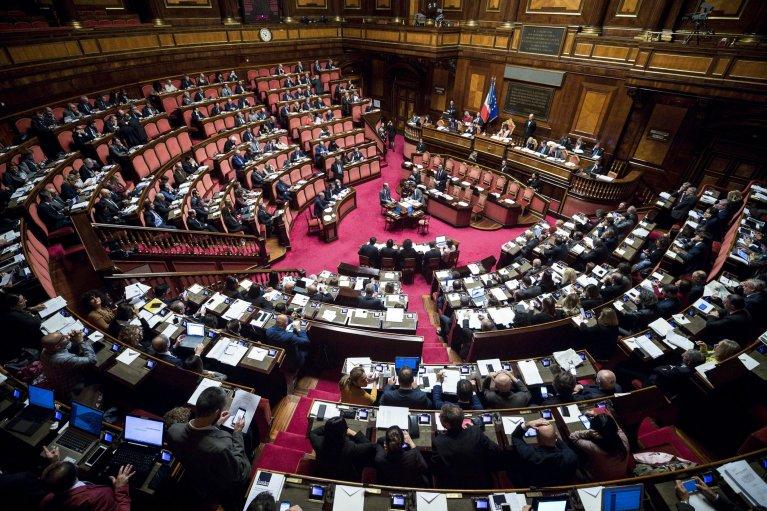 ANSA / مجلس الشيوخ الإيطالي يناقش المرسوم الأمني. المصدر: أنسا/ أنجيليو كاركوني.