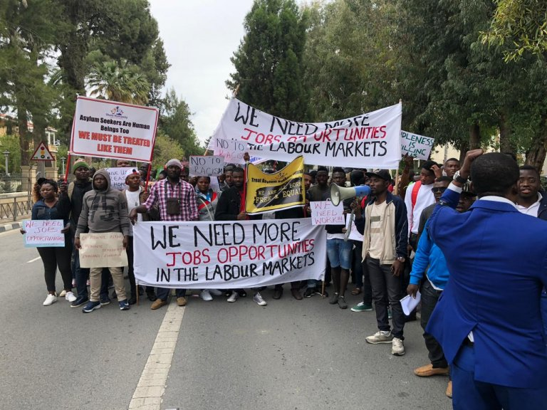 صورة أرشيفية لمظاهرة نظمها مهاجرون في قبرص للمطالبة بالحق في العمل. المصدر: جمعية كاريتاس في قبرص