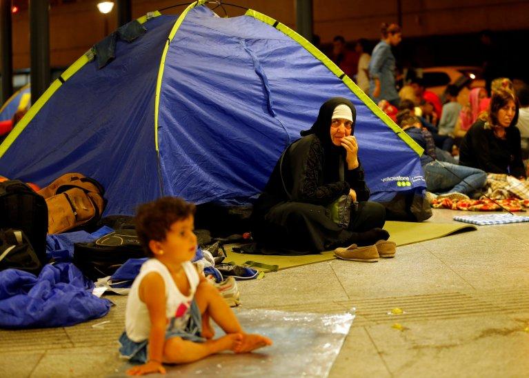 Image d'archives de migrants à la gare de Budapest, en Hongrie, en août 2015. Crédit : Reuters