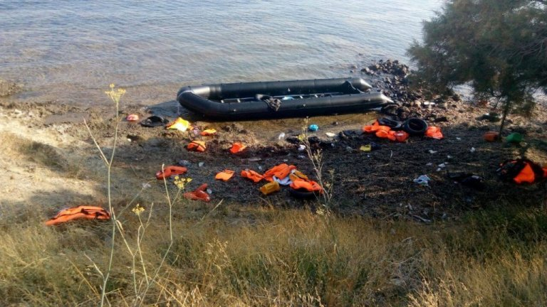 Migrants often cross the Evros river from Turkey to Greece with the aid of smugglers | Source: Facebook