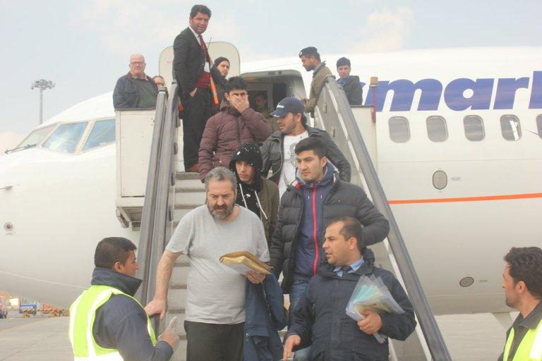 له اروپا څخه یو شمیر افغان پناه غوښتونکي کابل ته ورسیدل.د آرشیف انځور. کریډټ: د کډوالو او راستنیدونکو چارو وزارت.