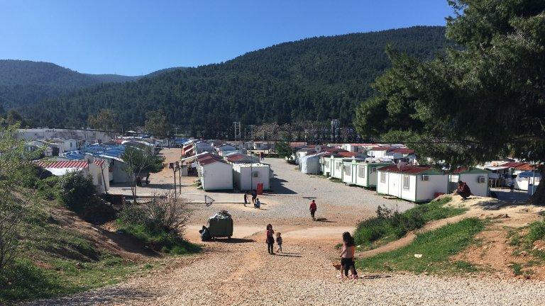 Plus de 1 600 personnes vivent dans le camp de Malakasa, dans l'attente de l'obtention de l'asile. Crédit : InfoMigrants