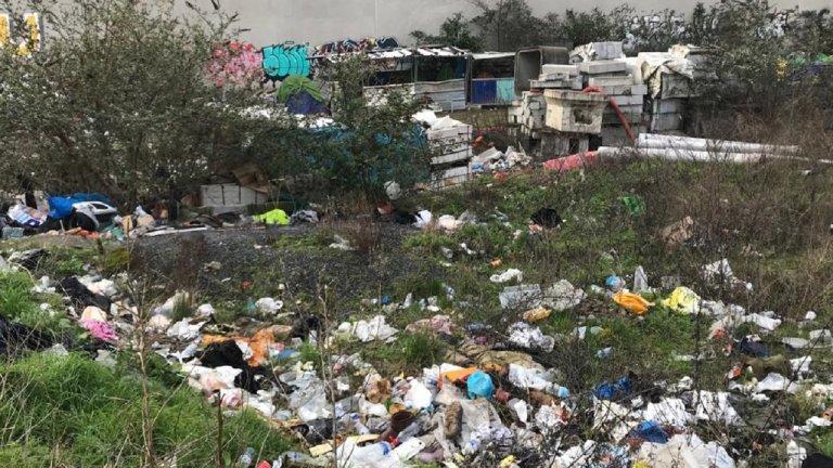 مخيم أوبرفيلييه شمال العاصمة باريس في شباط/فبراير الماضي. الصورة: موسى أبو زعنونة/مهاجر نيوز