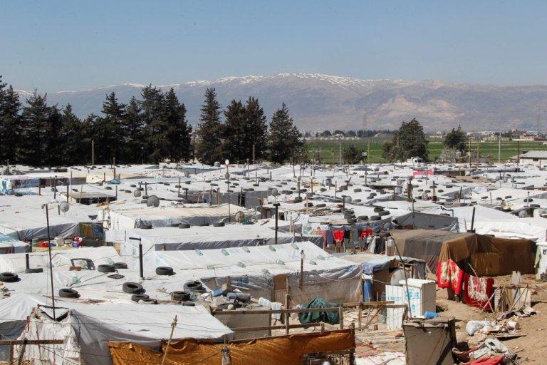 مخيم للاجئين السوريين بالقرب من مدينة برالياس في منطقة البقاع اللبنانية المحاذية للحدود السورية / أرشيف