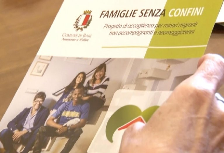 a brochure of presentation for the project of the Bari town council | ANSA