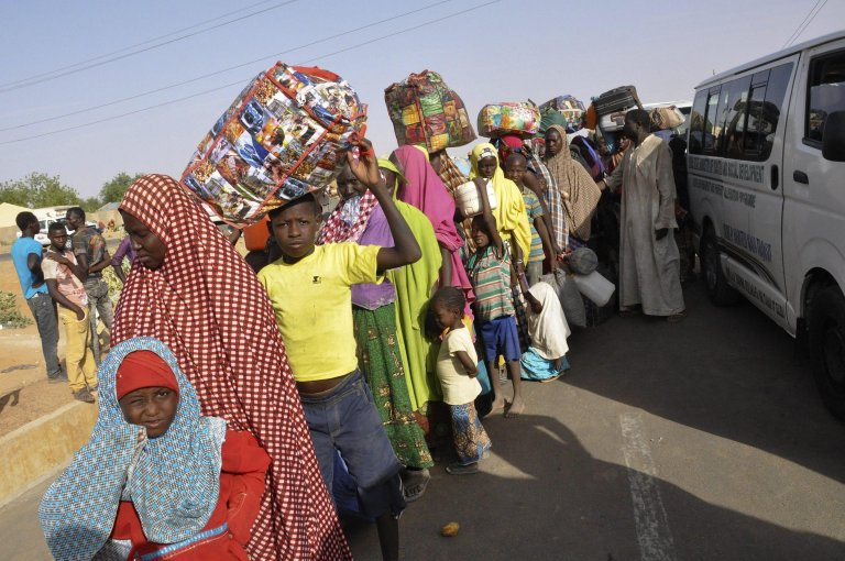 Nigerian refugees returning from Republic of Niger at a transit camp in Yobe, Nigeria | Photo: EPA/STR