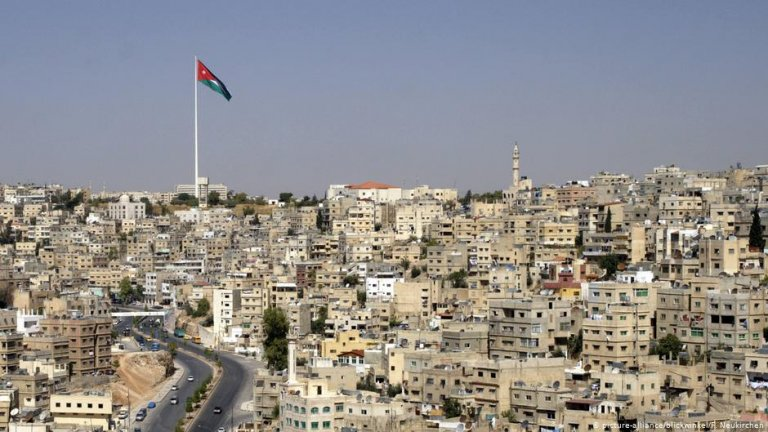 Thousands of migrants from Iraq and Syria have made the Jordanian capital Amman their new home | Photo: picture-alliance/blickwinkel/F. Neukirchen