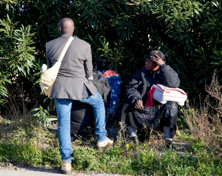Migrants during one of the clearings of the San Ferdinando shantytown, in the province of Reggio Calabria, 6 March 2019. Migrants are currently living in a tent camp equipped with essential services   Photo: ANSA/MARCO COSTANTINO