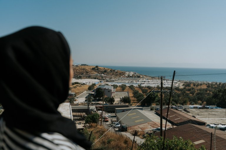 The new camp of Kara Tepe on the Greek island of Lesbos. M. lives in the refugee camp with her family, her husband and her 2-year-old daughter, and she is also expecting another child | Photo: MSF