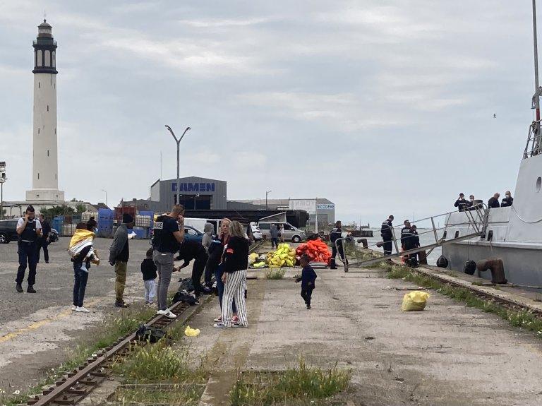 المهاجرون الناجون في ميناء دنكيرك. الخميس 12 أغسطس 2021، الحقوق: جمعية يوتوبيا 56