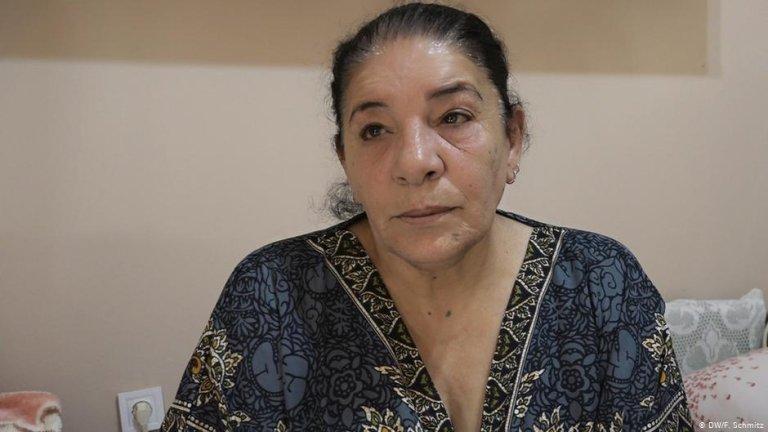 أمل لاجئة سورية 62 عاما حصلت على اللجوء في الوينان عام 2018