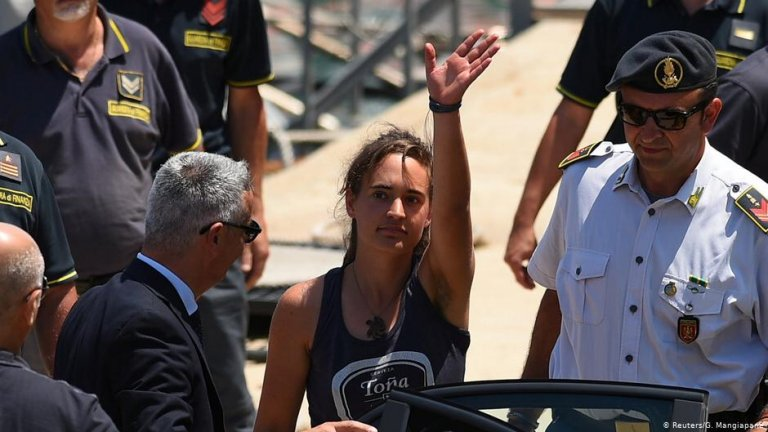 Rackete was arrested after she landed in Lampedusa | Photo: Reuters/G.Mangiapane