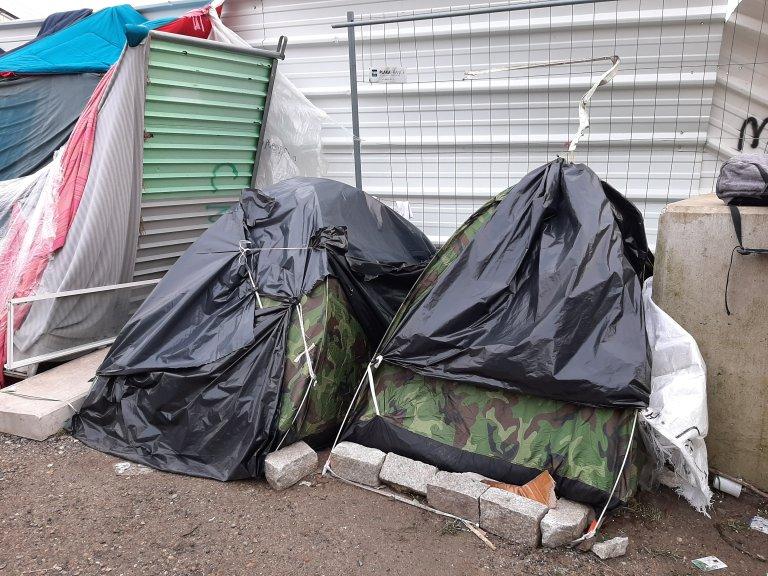 Des tentes en février dans le camp de migrants d'Aubervilliers, depuis démantelé. Photo : InfoMigrants