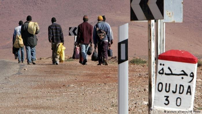 مهاجرون يتجهون إلى مدينة وجدة شمال المغرب. المصدر: بيكتشر أليانس