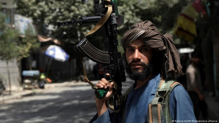 The Taliban have promised not to take revenge on Afghans who helped foreign forces, but many do not believe them   Photo: Picture-alliance