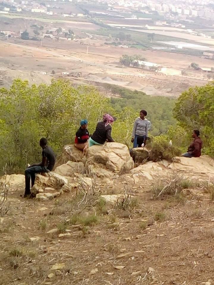 Image d'archives de migrants dans la forêt de Boulingo, dans le nord du Maroc. Crédit : AMDH