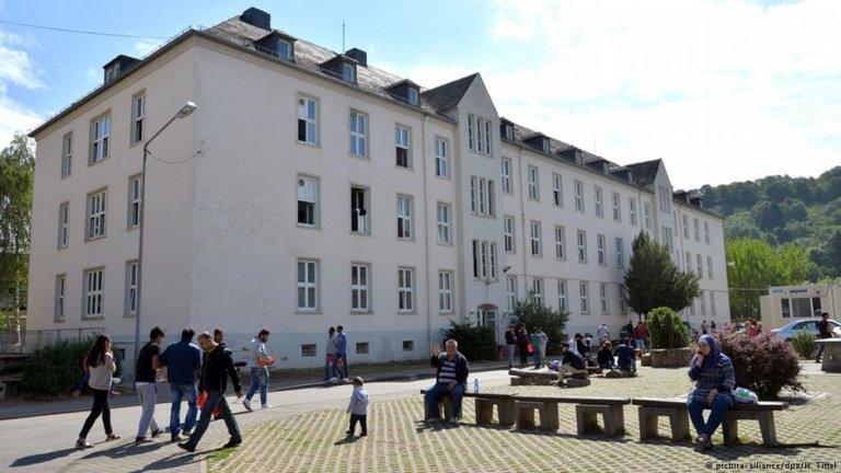 یکی از اردوگاه پناهجویان در یکی از شهرهای آلمان