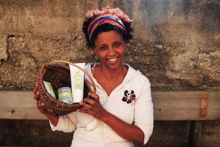 """جوديتا في صورة مأخوذة من صفحة شركتها الزراعية """"كابرا فيليشي"""" بموقع فيسبوك. المصدر: أنسا."""