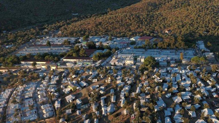 Vue aérienne du camp de Moria le 19 septembre 2018. Crédit : Reuters